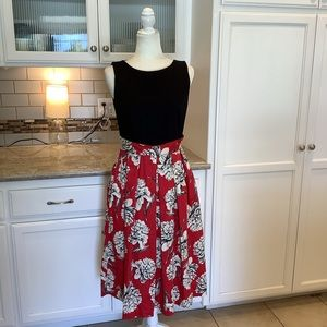 CLOSET LONDON Red Black Floral Pleated Dress